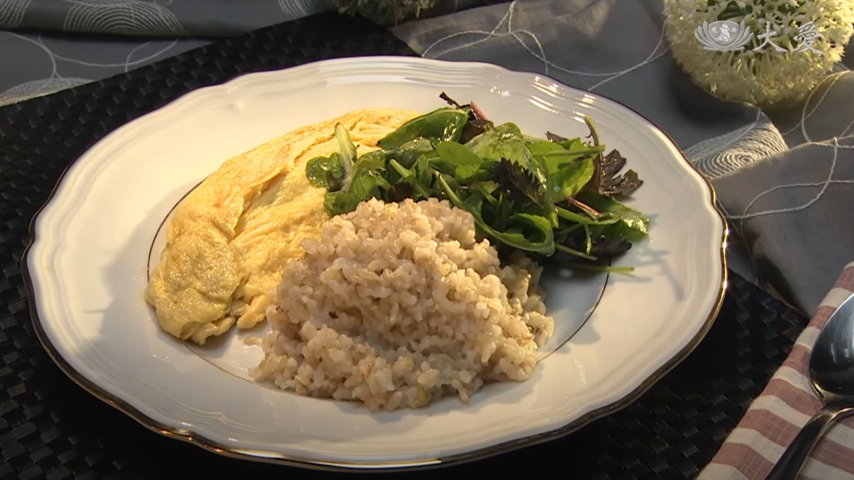 Spinach Omelet with Brown Rice